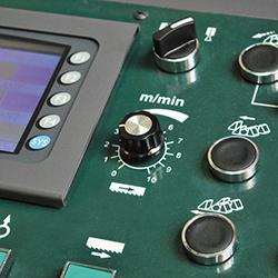 C-560NC_Detail 3 Control panel zoom