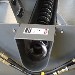 C-560NC_Detail 6 Chip conveyor