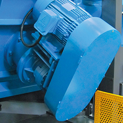C-8070NC_Detail 8 Motor and transmission